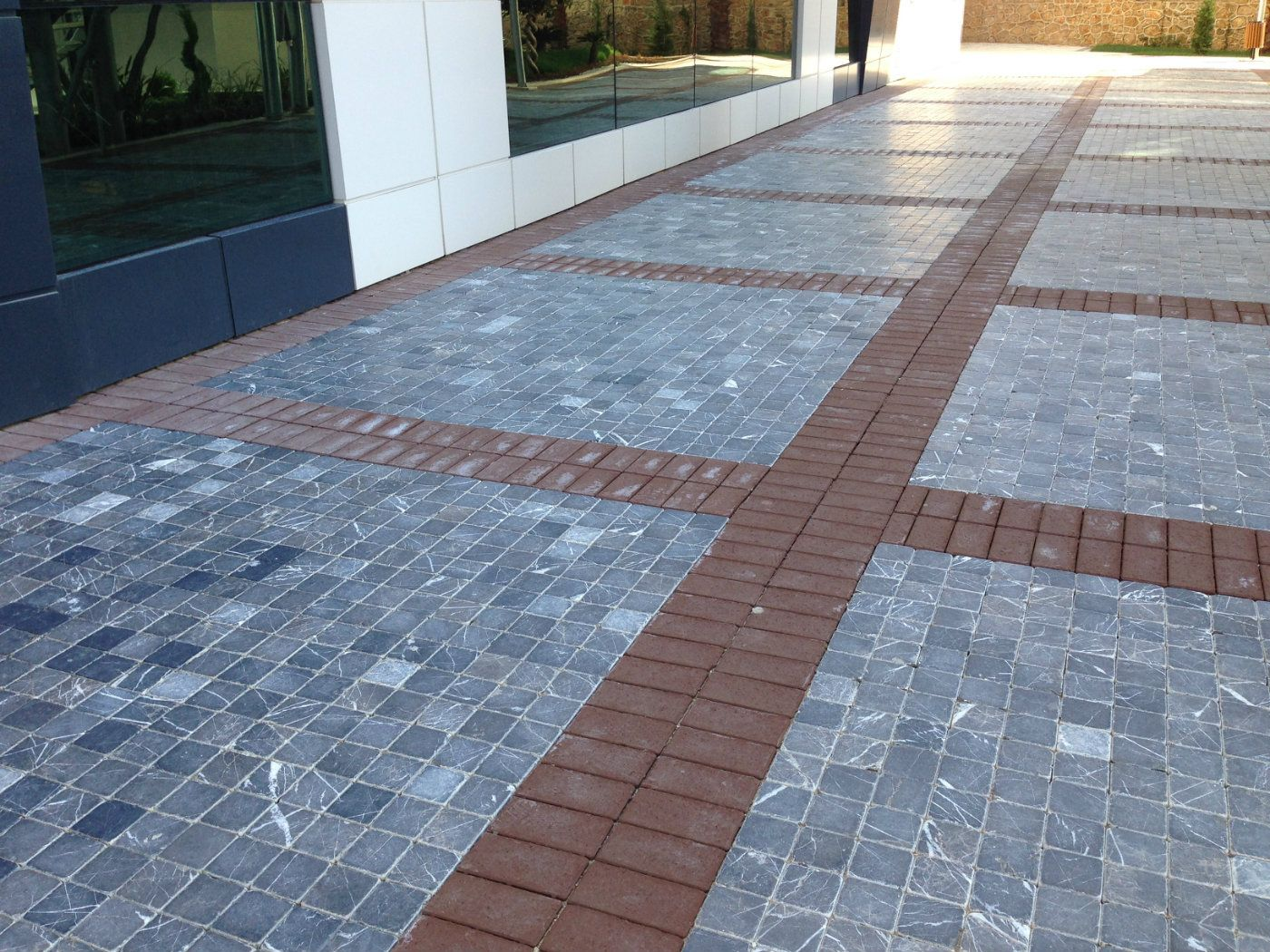 Alanya Emperador Dark Tumbled Applications